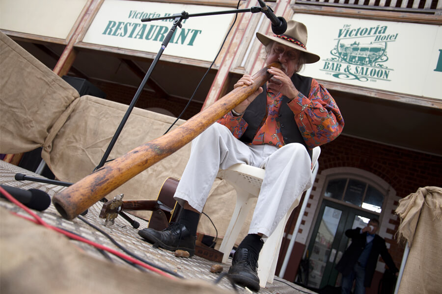 Greg Hastings playing the didgeridoo